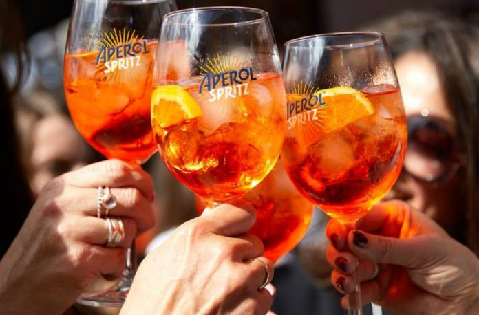 orange aperol spritz happy together