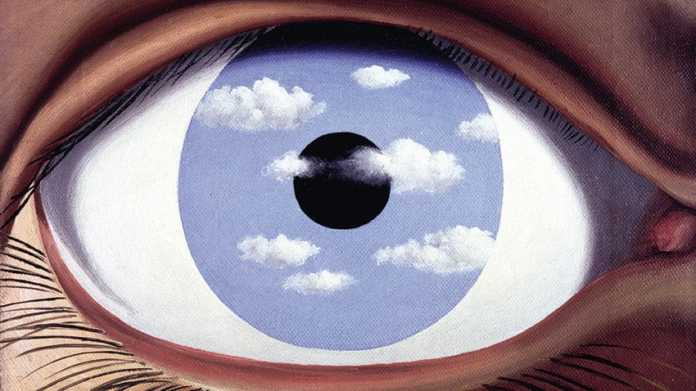 INSIDE A MAGRITTE milano Emotion Exhibition